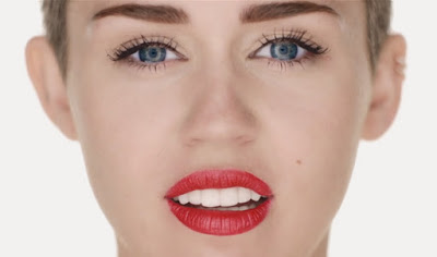 Miley-Cyrus-Wrecking-Ball