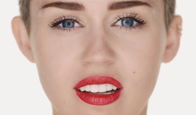 Miley-Cyrus-Wrecking-Ball