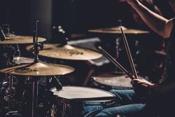 Drums-2599508__340